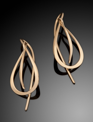 E-120  Open Leaf Earring